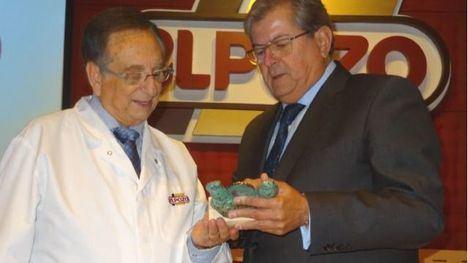 Tomás Fuertes recibe el galardón