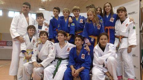 FOTOS Alhama, en el Festival de Navidad de la Federación de Judo