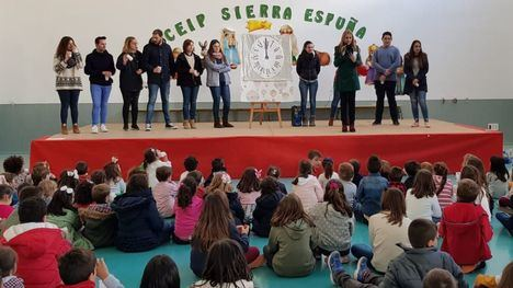 VÍDEO El Sierra Espuña ensaya con gusanitos las doce campanadas