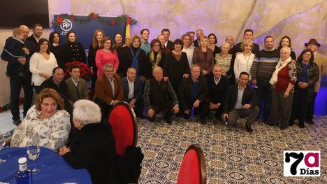 VÍDEO/FOTO El PP rinde homenaje a 200 de sus militantes en Alhama