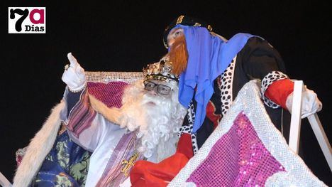 VÍDEO/FOTOS Los Reyes Magos traen la ilusión a los alhameños