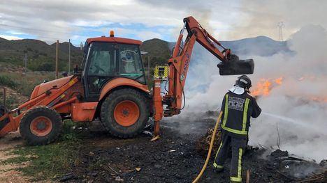 Incendio en una planta de compostaje en una pedanía de Mazarrón