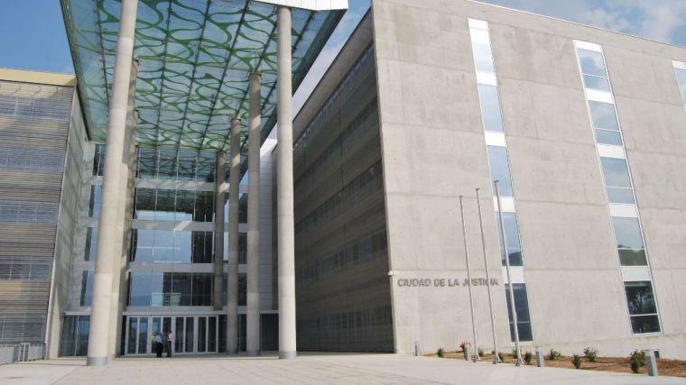 La SGAE pide a un club de alterne de Alhama derechos de autor