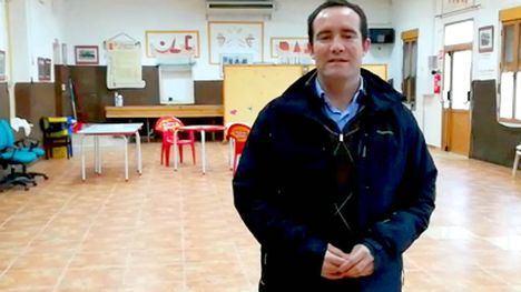 El PP crítica al PSOE por la falta en pedanías de desfibriladores