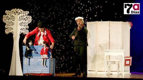 VÍDEO Dos obras del 8º Certamen de Teatro ya han acudido al Velasco