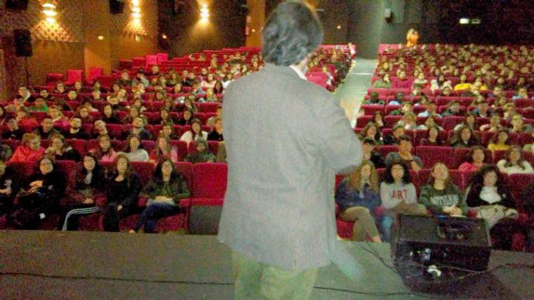 Alumnos de Alhama, en una conferencia en Totana sobre genética
