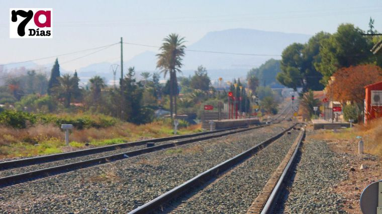 Seguiremos sin tren una semana más por las obras de Adif