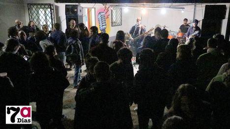 VÍDEO VI aniversario de El Zebadero con música de grupos locales