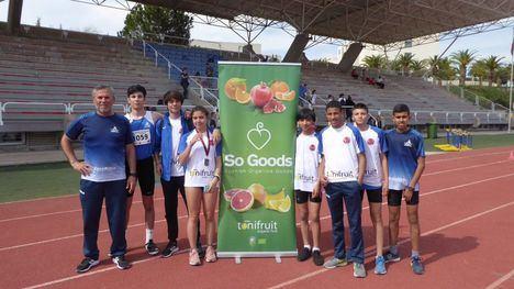 FOTO 9 metales para el Club Atletismo Alhama en el regional Sub16