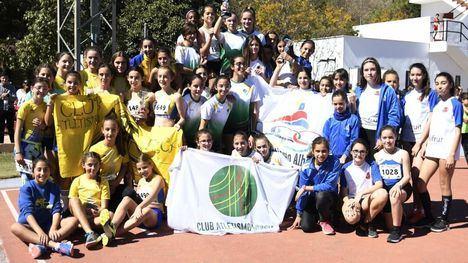 FOT. El Club Atletismo, campeón Sub 14, por delante de Murcia