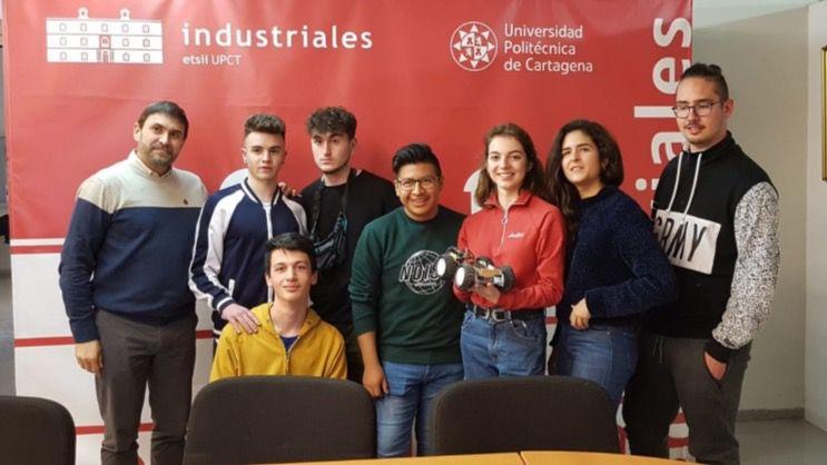 Integrantes del equipo Alhambrilla del IES Miguel Hernández