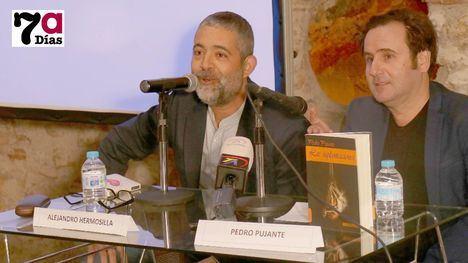 Original presentación de 'Las suplantaciones', de Pedro Pujante