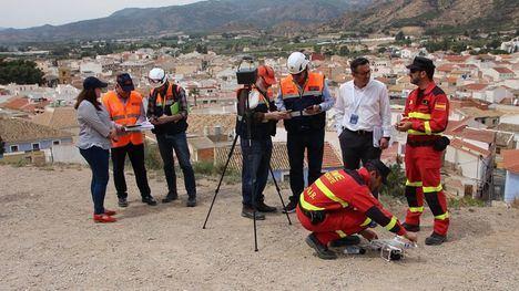 Alhama 'se examina' en emergencias con el simulacro de terremoto