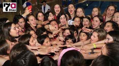 FOTOS Las chicas de SincroAlhama se adueñan del pódium