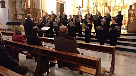 VÍDEO/FOT. La Coral de Alhama celebra sus 20 años con música sacra
