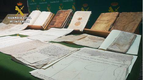 Recuperan documentos robados de Totana y Aledo del XVI al XX