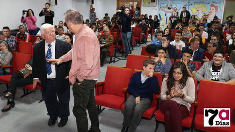 VÍD./FOT. Juan Martínez 'El Enterraor', Bachiller de Honor en Totana