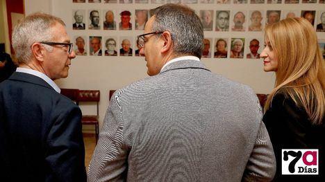 V/F El ministro Guirao conoce detalles de la historia del PSOE local