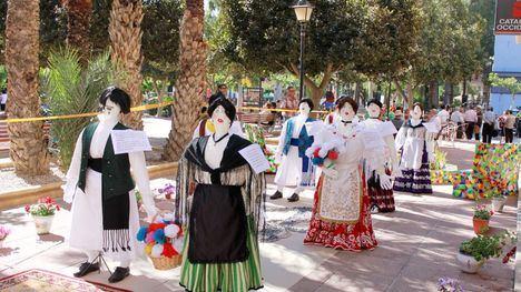 Los Mayos de Alhama, en el desfile del Bando de la Huerta
