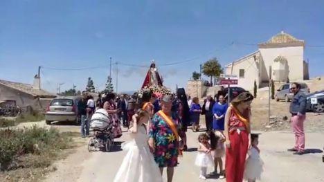 VÍDEO Los vecinos de las Cañadas finalizan sus fiestas patronales