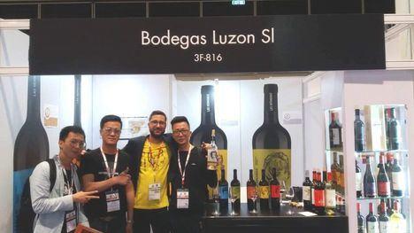 Bodegas Luzón participa en la feria Prowine de Hong Kong