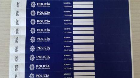 Pulseras para localizar a los padres de niños perdidos en Los Mayos