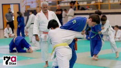 FOTOS Los Mayos llenan el Adolfo Suárez de pequeños judocas
