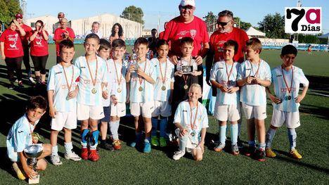FOTOS El trofeo Kubala de prebenjamín y alevín se queda en Alhama