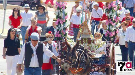 VÍD./FOT. Devoción y ambiente de fiesta por la Virgen del Rocío