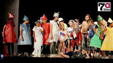 FOTOS Niños actores dan vida a una extraña variedad de personajes