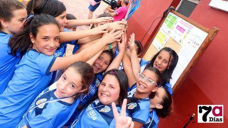 FOTOS Las niñas del Alhama CF ganan a la Selección Murciana