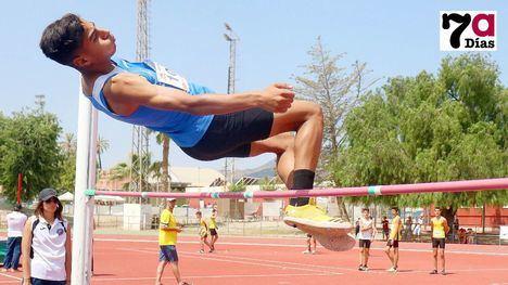 FOTOS Intenso fin de semana de atletismo en el C. Dep. Guadalentín