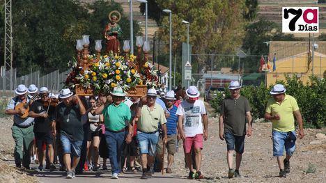 V./F. Churros al inicio de la Romería de S. Pedro y una parrillada al final
