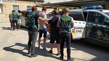 Cinco miembros de una familia detenidos por robar naves industriales