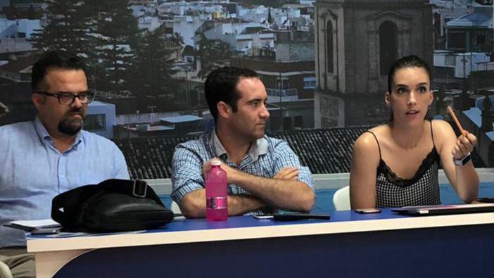 El PP responsabiliza al PSOE del 'deficitario' servicio de limpieza