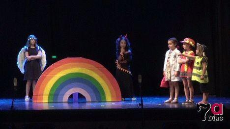 VÍDEO Los alumnos de Teatro Recrea, de la comedia a la denuncia