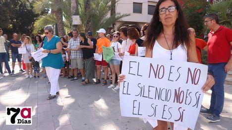 VÍDEO/FOTOS Protesta por el caso de 'La Manada' de Manresa