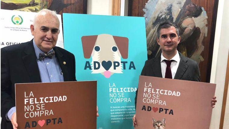 Campaña contra el abandono de mascotas y a favor de la adopción
