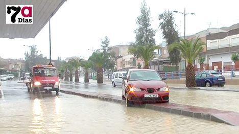 VIDEO: La lluvia pone a prueba a los servicios de emergencias