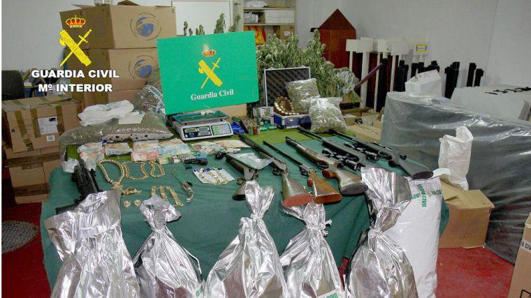 VÍD./FOT. Desmantelan una peligrosa banda criminal en Totana