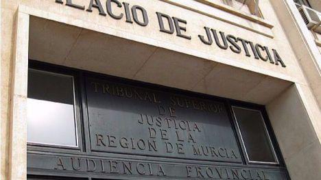 Reclama 44.520 euros al Ayuntamiento por el ruido de un contenedor