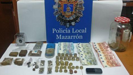 Un detenido en Puerto de Mazarrón por venta de drogas