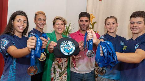 VÍDEO/FOTOS Pedro Ruano luce sus medallas en Cartagena