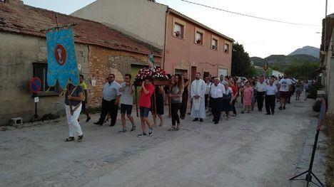 FOTOS La Purísima procesiona por las calles de Gebas