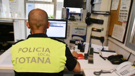 La Policía Local de Totana devuelve más de 120 objetos perdidos