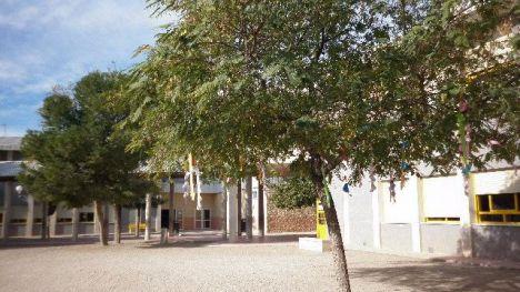 Alhama busca a dos conserjes para este curso escolar
