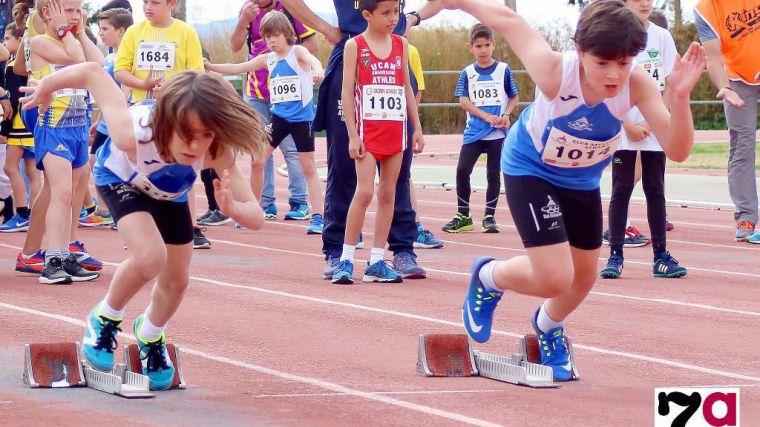 El Club de Atletismo celebra una jornada de puertas abiertas