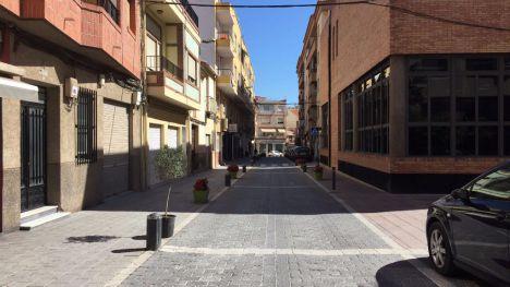 Imagen de la calle Postigos que se reparará a partir del próximo lunes.