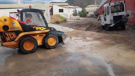 FOT. Desprendimientos y barro, incidencias de la noche en Alhama