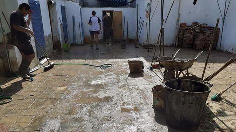 FOTOS Nuevo grupo de voluntarios echa una mano a Los Alcázares